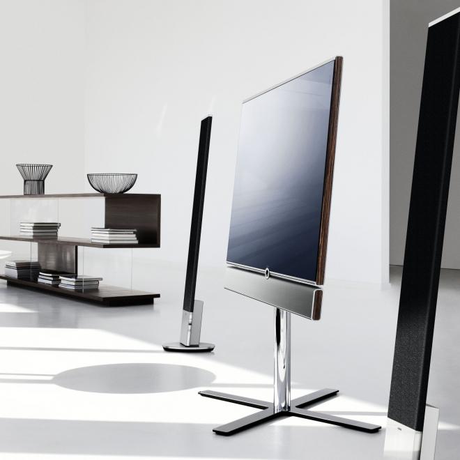 loewe individual 55 compose 3d alu silver. Black Bedroom Furniture Sets. Home Design Ideas