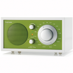 Bordradio model ONE Tivoli Audio frosthvid/kellygrøn