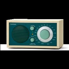 Bordradio model ONE Tivoli Audio ahorn/jægergrøn