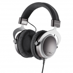 Beyerdynamic T70p profile